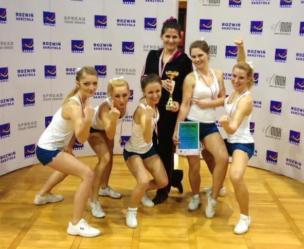mistrzostwa_polski_cheerleaders_dwa_zote_medale_dla_cheer_project_20130318_1941367438